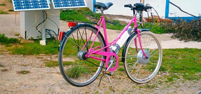 E-Bike an Solartanke