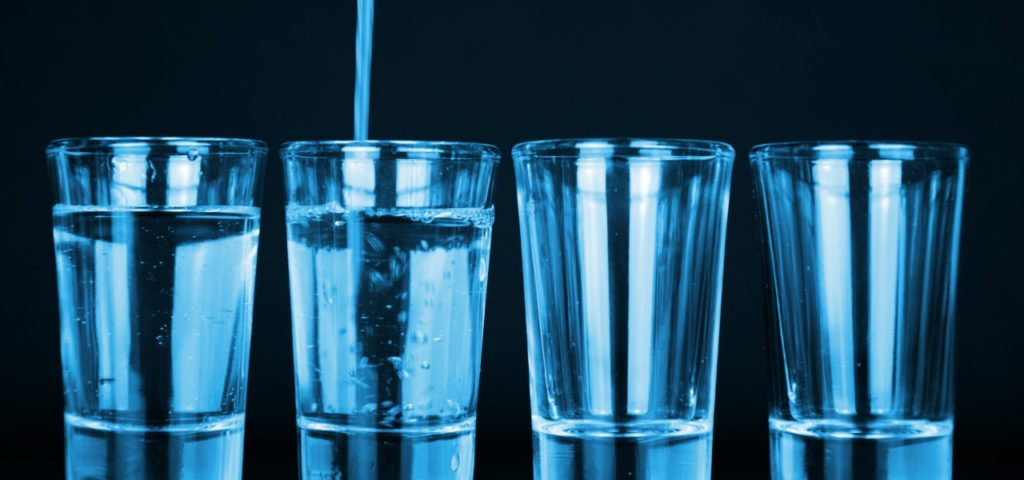 Für Trinkwasser muss Grundwasser u.a. von Nitrat gereinigt werden