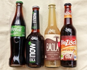 Grüne Coke Life und drei Bio-Colas