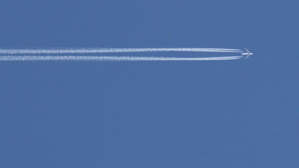 Wer fliegt, sollte seine CO2-Emissionen kompensieren
