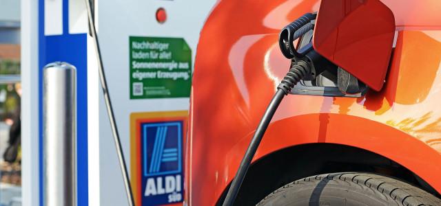 Kostenlose Elektrotankstellen bei Aldi Süd