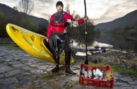Plastikmüll: Wie ein Kajakfahrer für saubere Flüsse sorgt