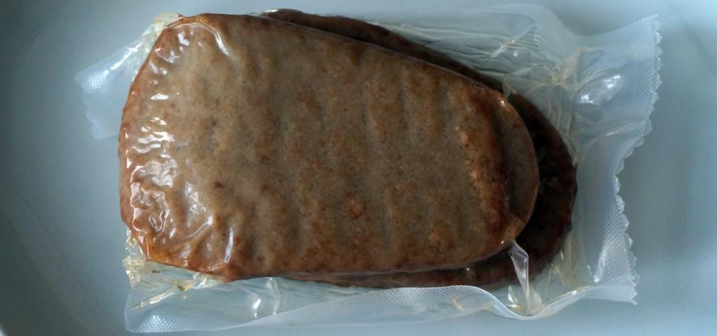 Ein Problem aller Veggie-Schnitzel: Sie kommen nicht ohne Plastikverpackung aus.