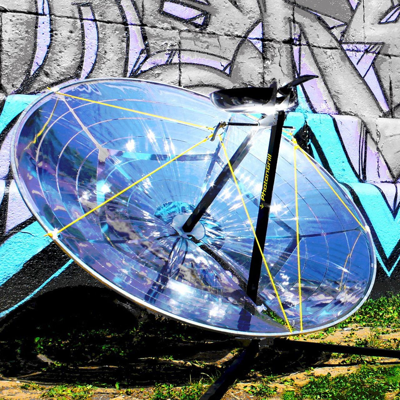 PhotonGrill: Aufblasbarer Sonnen Grill Mit 260°C