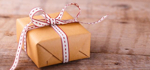 Tipps und Ideen, um Geschenke schön und umweltfreundlich zu verpacken