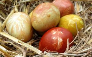 Ostereier färben mit Muster