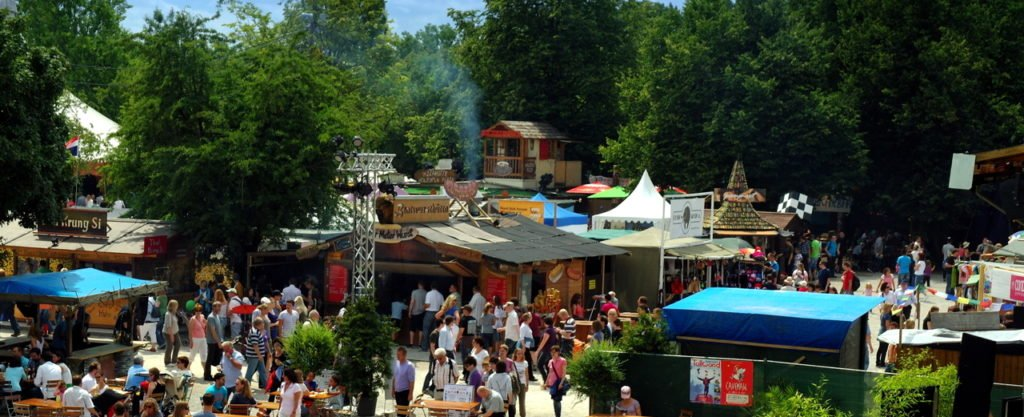 Das Tollwood Festival im Sommer.