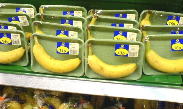 plastik-pervers-bananen-x-scrap-this-pack-640x300