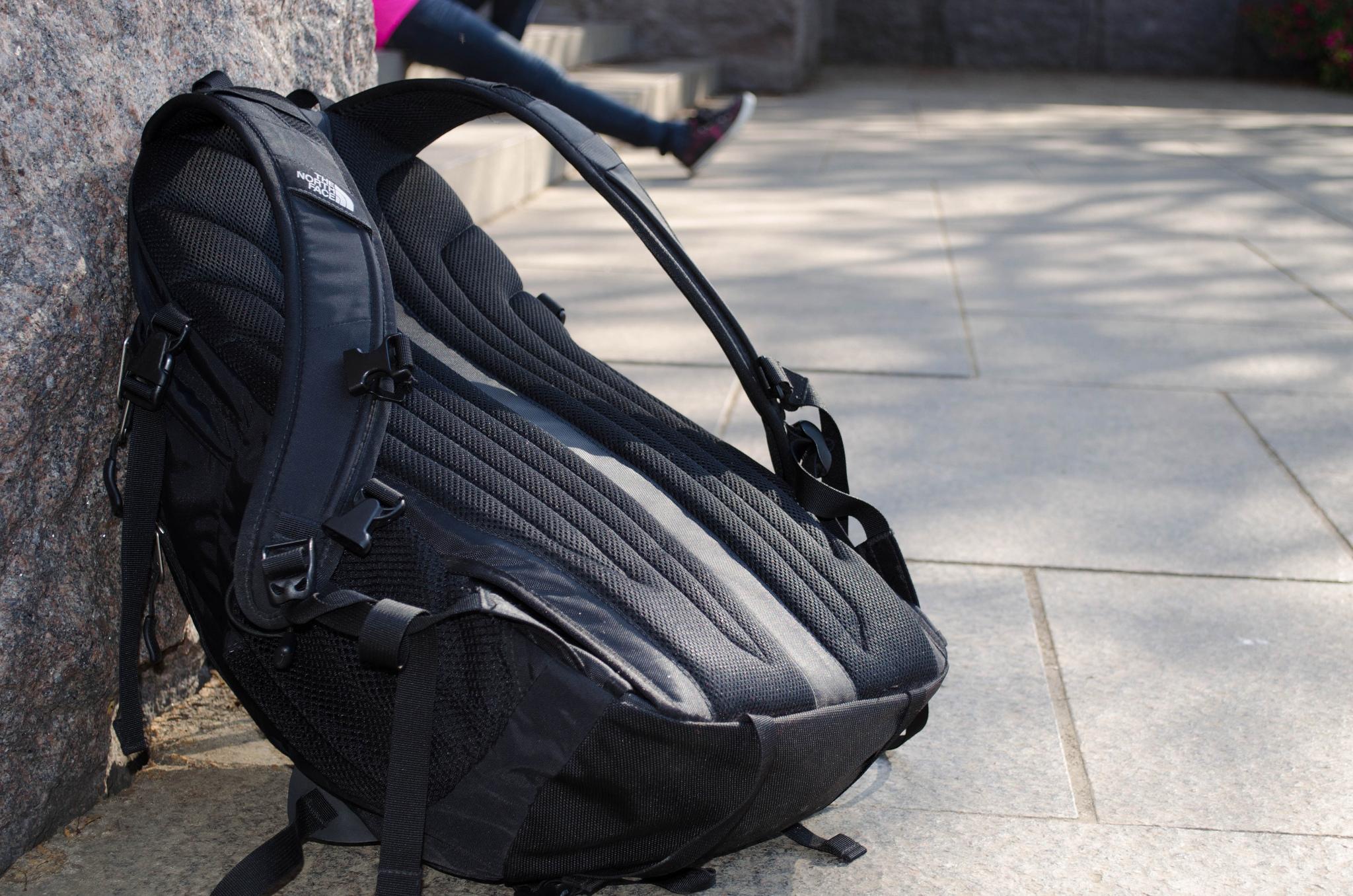 test wanderrucksack der g nstige rucksack ist oft giftig. Black Bedroom Furniture Sets. Home Design Ideas