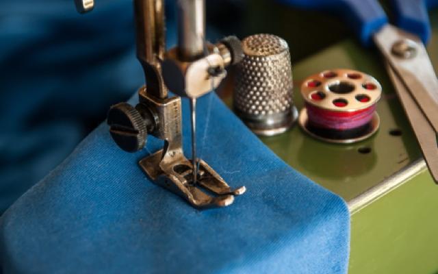 Slow Fashion: nähen und reparieren statt wegwerfen