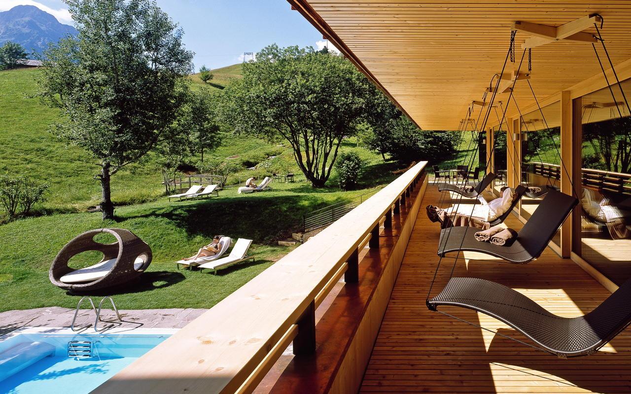 die 10 sch nsten bio hotels in deutschland europa. Black Bedroom Furniture Sets. Home Design Ideas