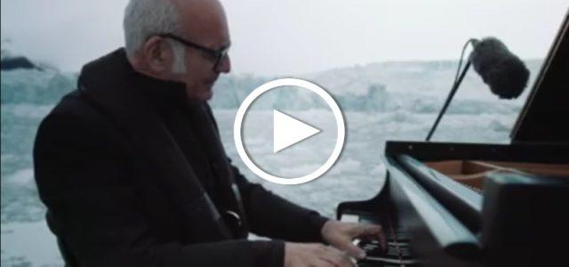 Ludovico Einaudi spielt in der Arktis