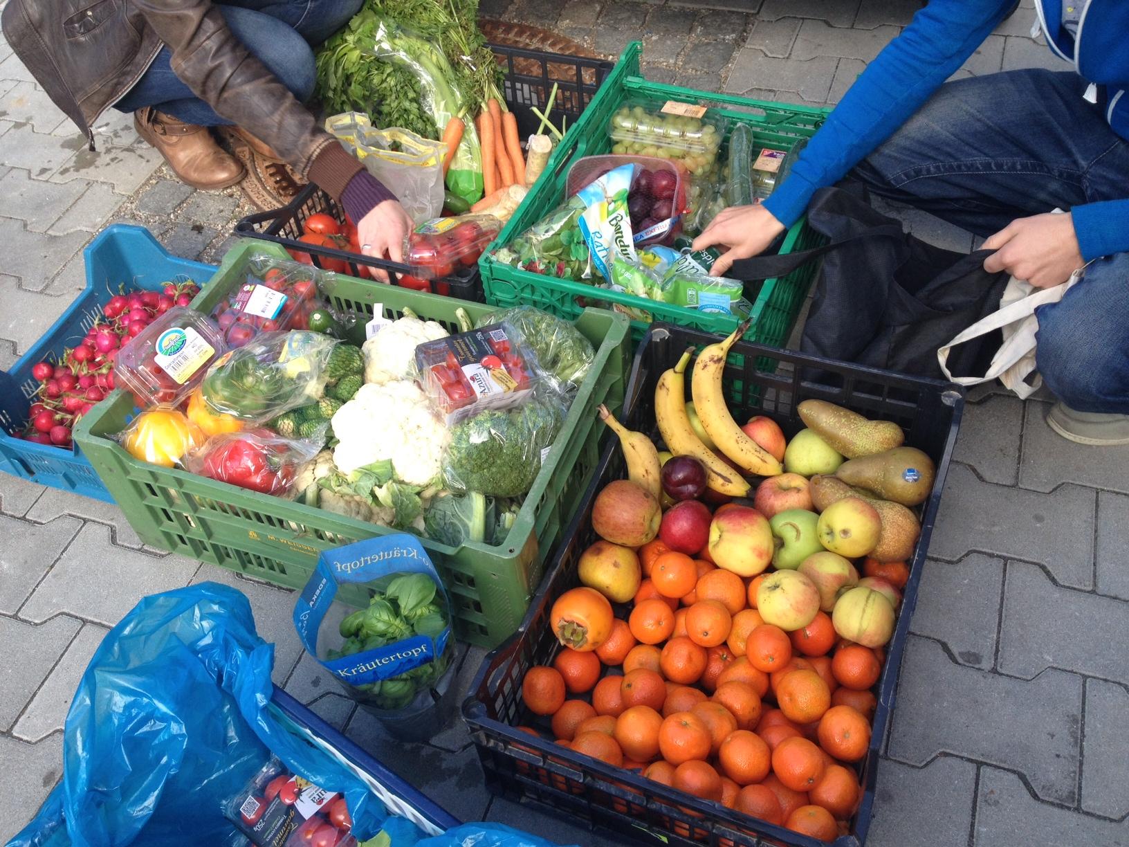 Warum wegwerfen? Viele Lebensmittel sind dafür viel zu schade und könnten verteilt werden.