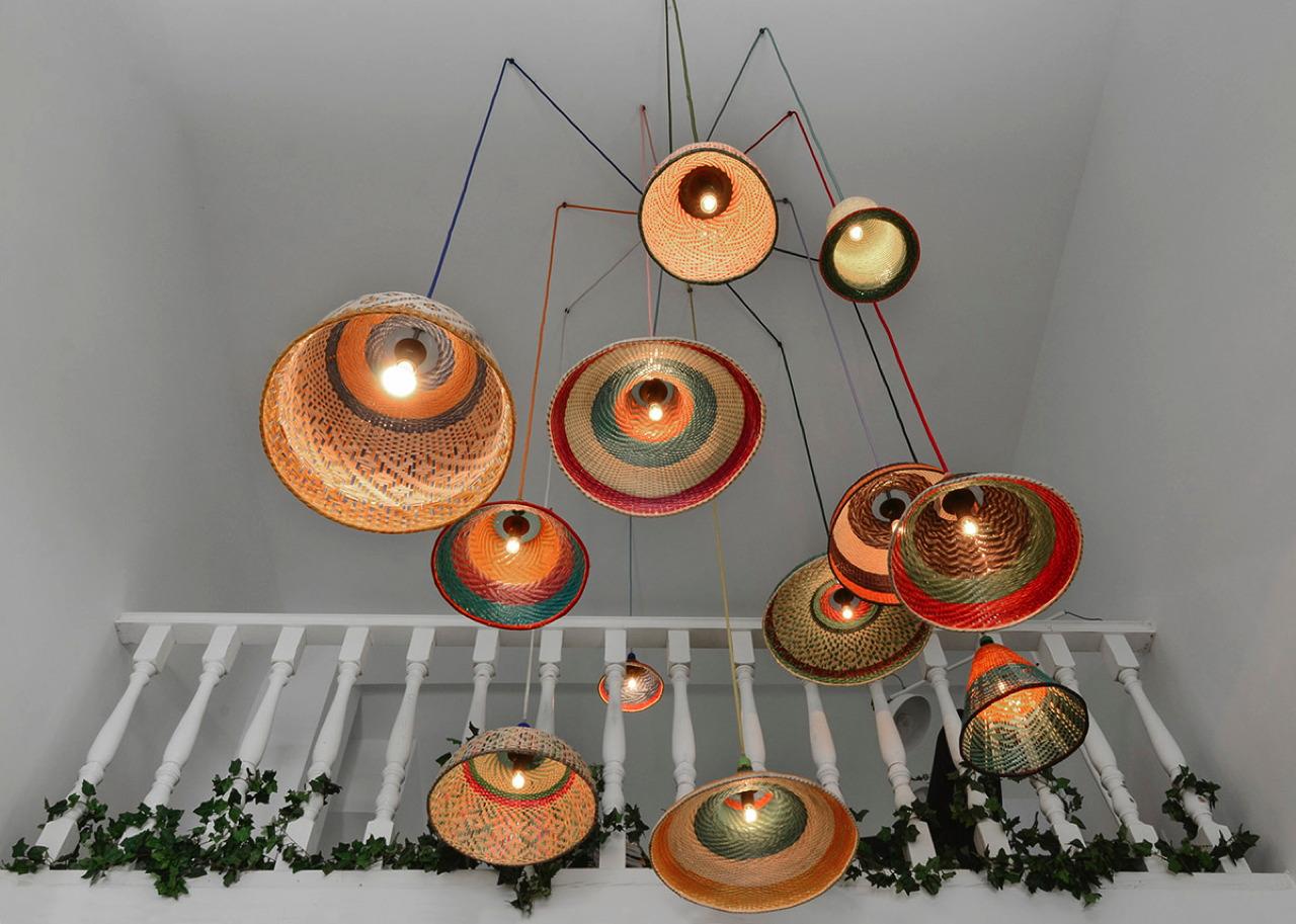 pet lamp wundersch ne lampenschirme aus plastikflaschen. Black Bedroom Furniture Sets. Home Design Ideas