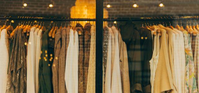 Fast Fashion: Tipps gegen Wegwerfmode / Schaufenster