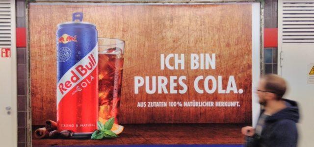 """Greenwashing und """"das Natürliche"""" betonende Werbung, Red Bull Cola Werbeanzeige"""