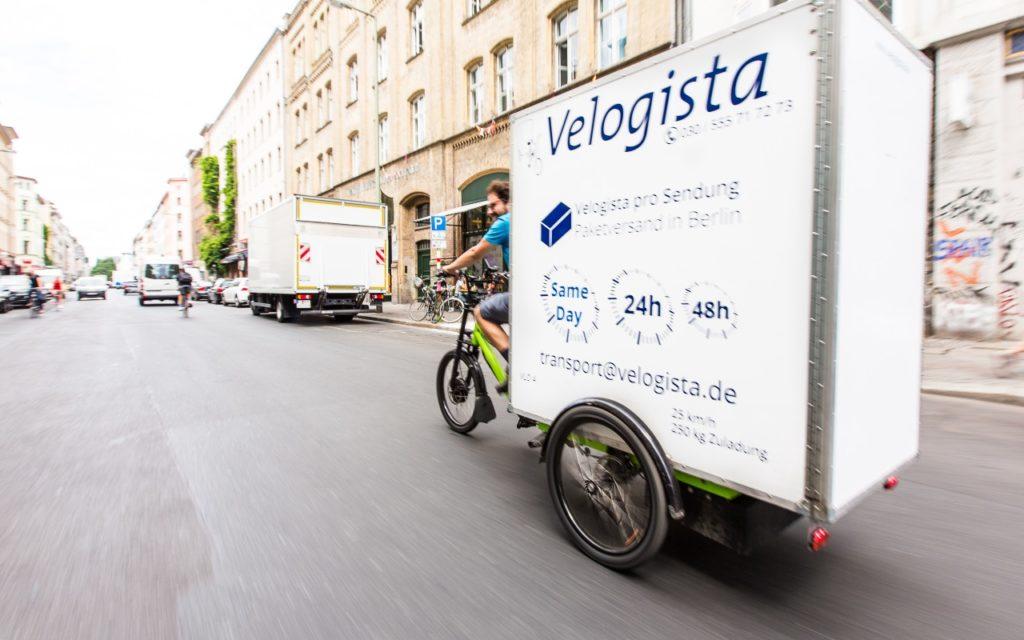 E-Lastenrad Paket Lieferung Memo