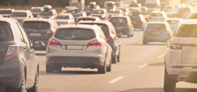 Der Verkehr trägt zur Luftverschmutzung bei