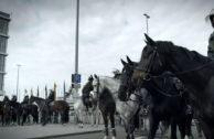 """Filmtipp: """"Nervöse Republik"""" – ein Blick hinter die Kulissen von Politik und Med"""