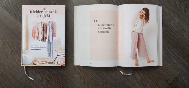 Buchtipp: Das Kleiderschrank-Projekt