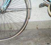 Den Fahrradschlauch zu flicken oder zu wechseln, ist nicht schwer.