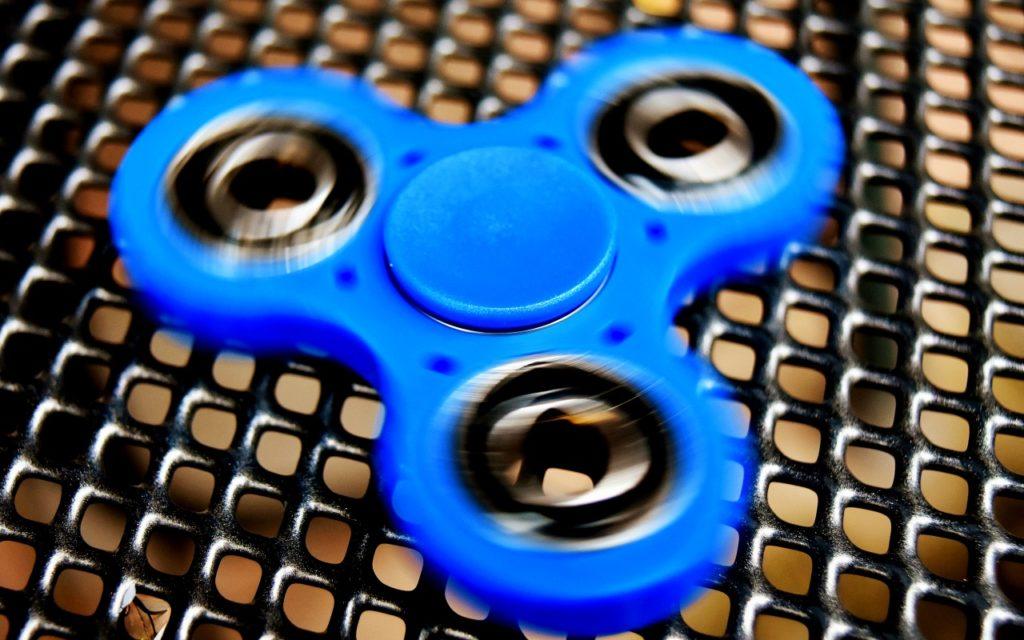 Fidget Spinner: eine Handvoll Kreisel ohne nachhaltigen Wert