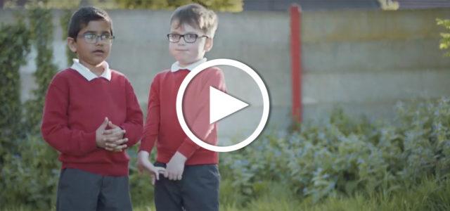 """Video: Kinder erzählen von ihren """"Unterschieden"""" (CBeebies)"""