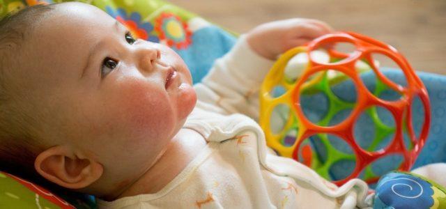 erstausstattung f rs baby checkliste und nachhaltige alternativen. Black Bedroom Furniture Sets. Home Design Ideas