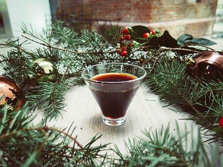 Der weihnachtliche Holunderpunsch rundet das Menü gut ab.