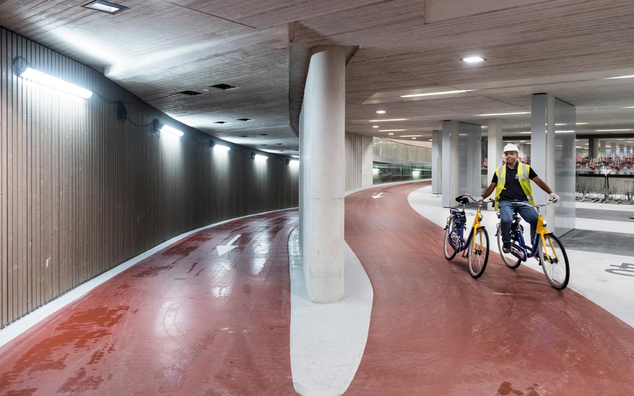Fahrrad-Parkhaus in Utrecht