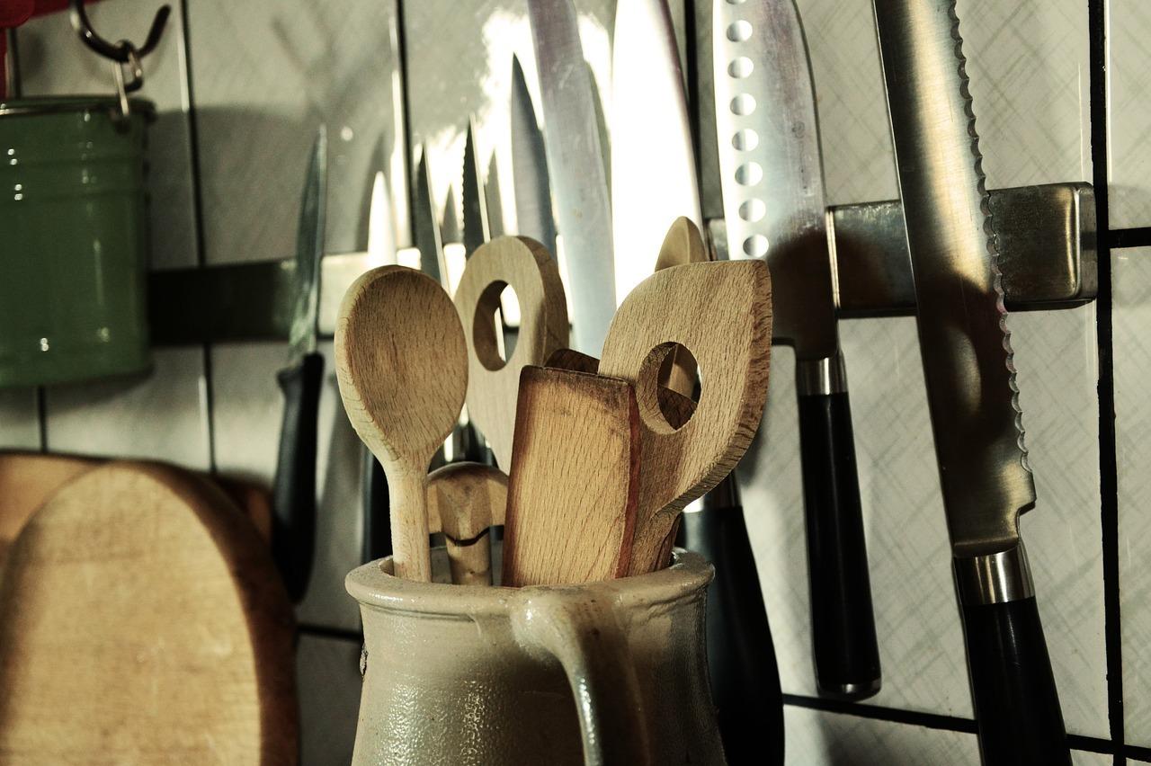 Holzkochlöffel sind eine gute Alternative zu Kunststoff