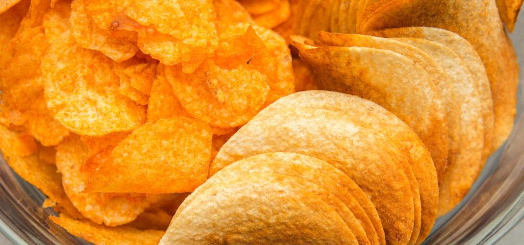 Light Kartoffelchips sind nicht viel kalorienärmer als normale Chips