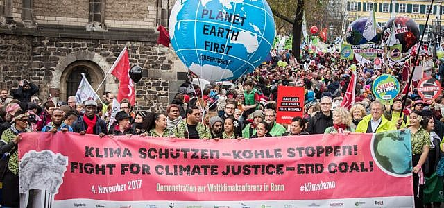 Demonstration Klimakonferenz Bonn Klimagipfel