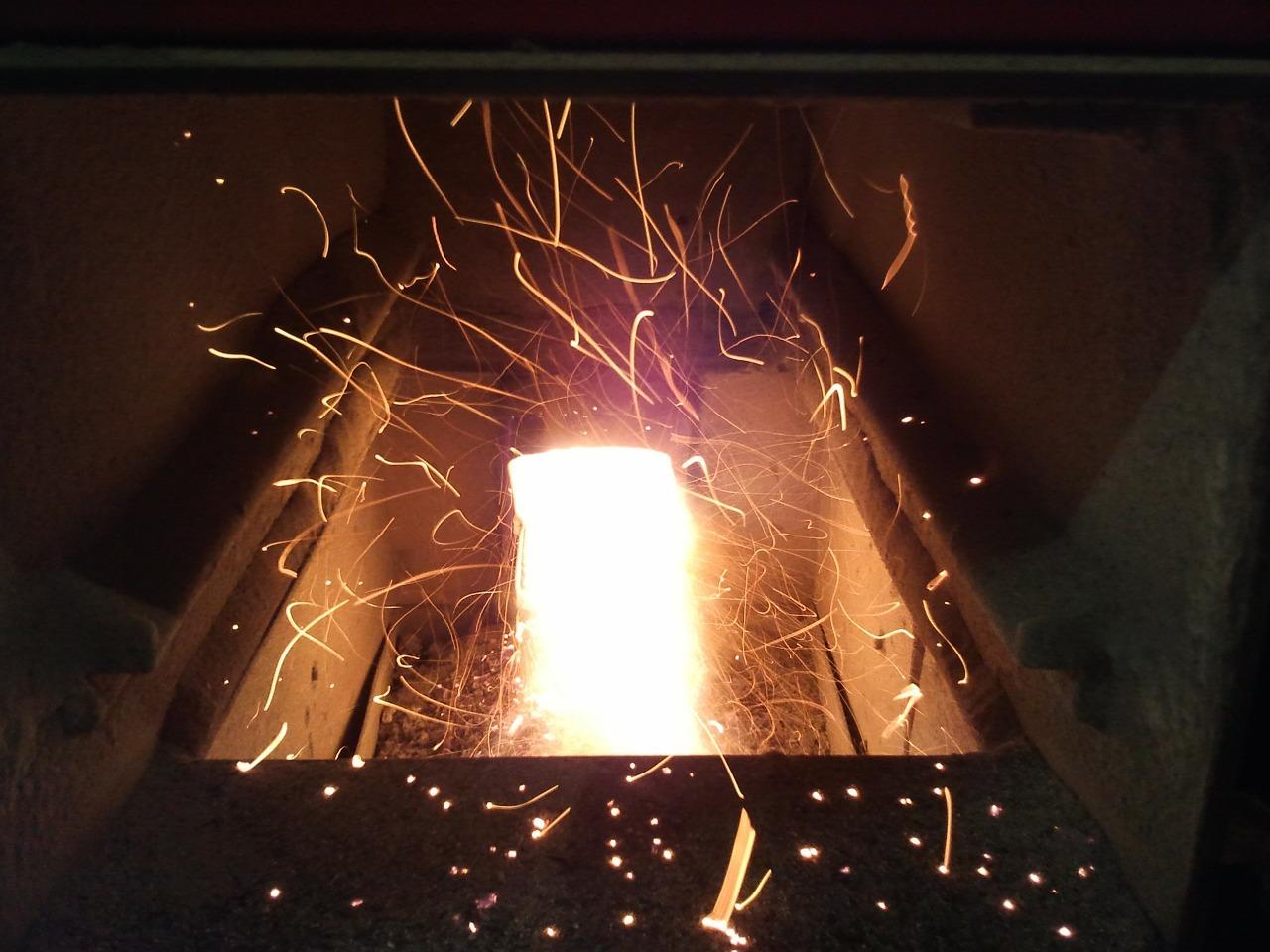 Pelletheizungen arbeiten automatisiert und die Verbrennung lässt sich exakt steuern