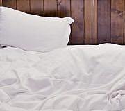 Bett, Schlafen