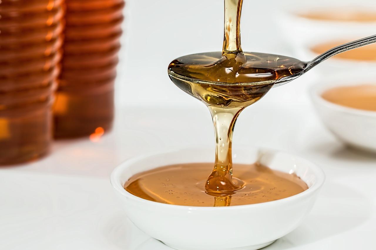 Honig hilft bei eingerissenen Mundwinkeln