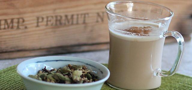 chai latte selber machen 3 leckere rezepte klassisch und vegan. Black Bedroom Furniture Sets. Home Design Ideas