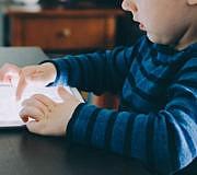 Kinder beschäftigen ohne Bildschirm