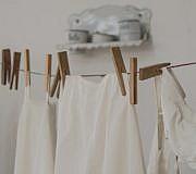Weiße Wäsche am besten immer seperat waschen.