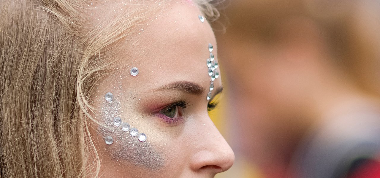 Glitzer-Makeup