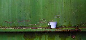 Minimalismus Blogs grüne Wand Tasse