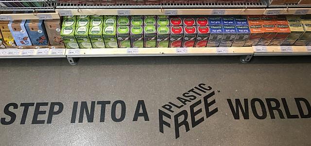 Plastikfreier Gang im Supermarkt Ekoplaza in Amsterdam