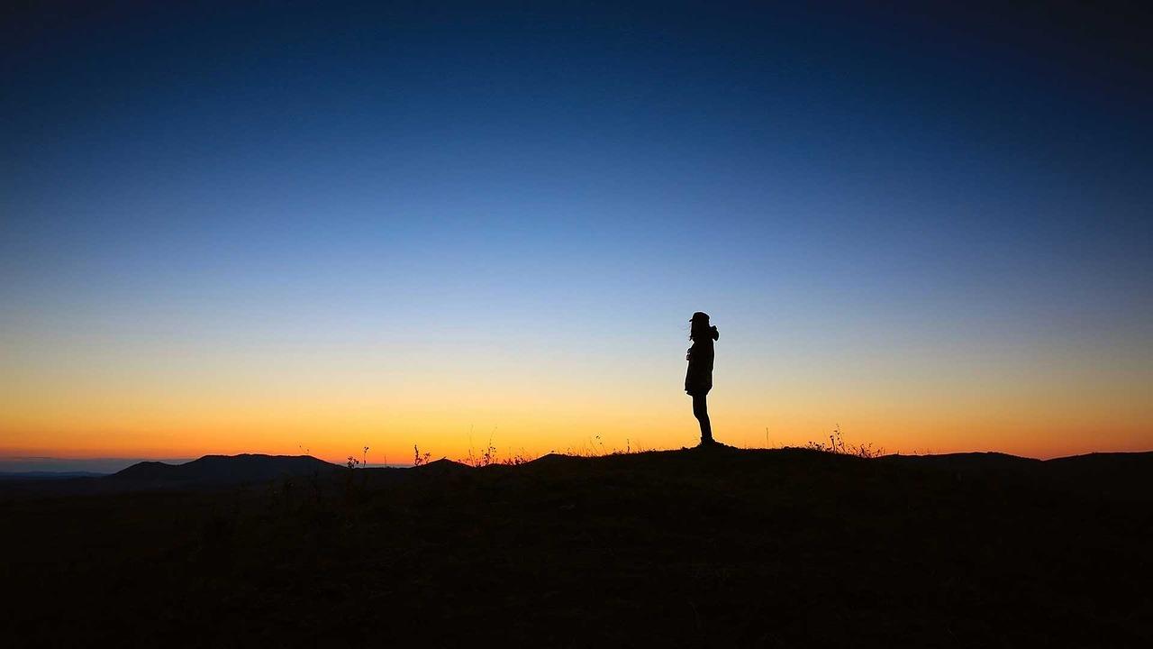 Eine Auszeit hilft, die deine Gedanken zu ordnen.
