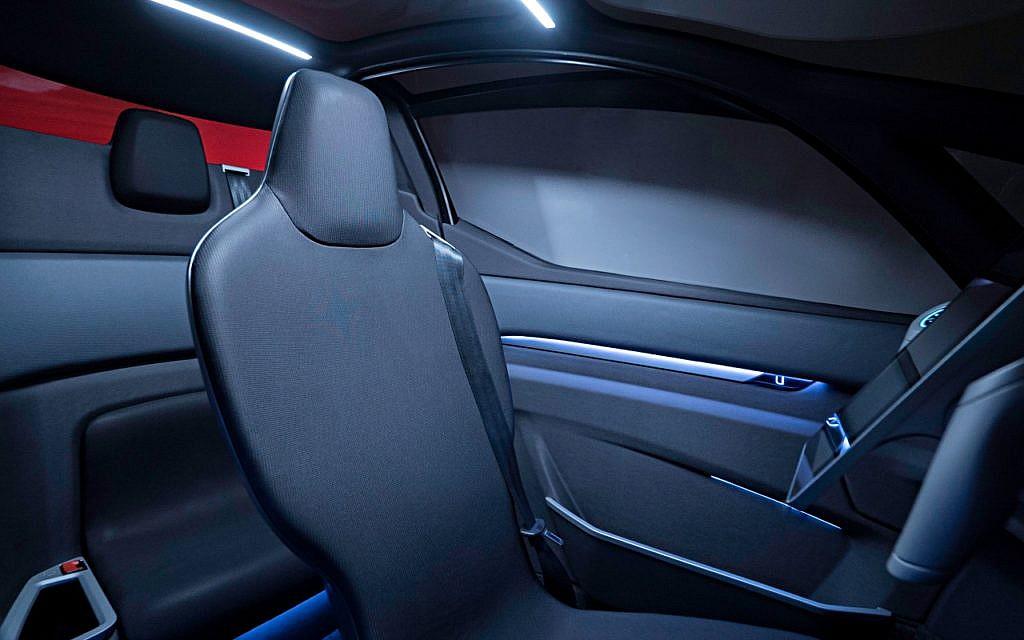 Elektroauto Uniti One: wie bei vielen Mini-Autos sitzt man hintereinander