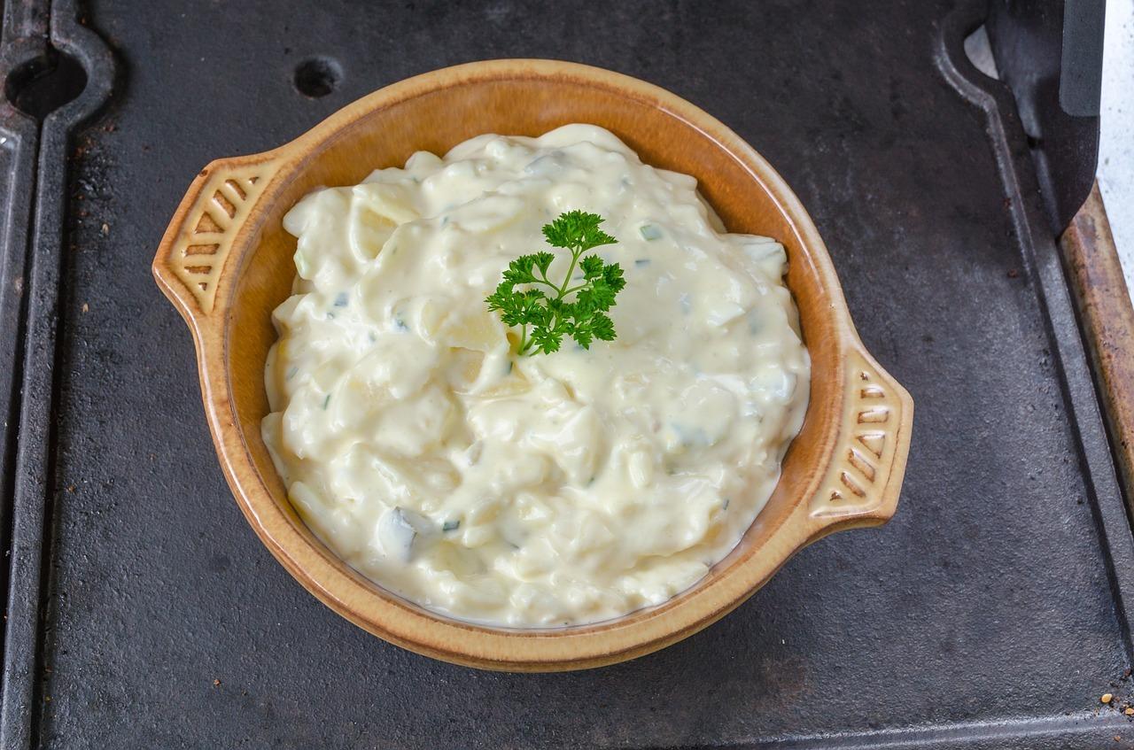 mayonnaise selber machen schnell rezept mit klassischen zutaten. Black Bedroom Furniture Sets. Home Design Ideas