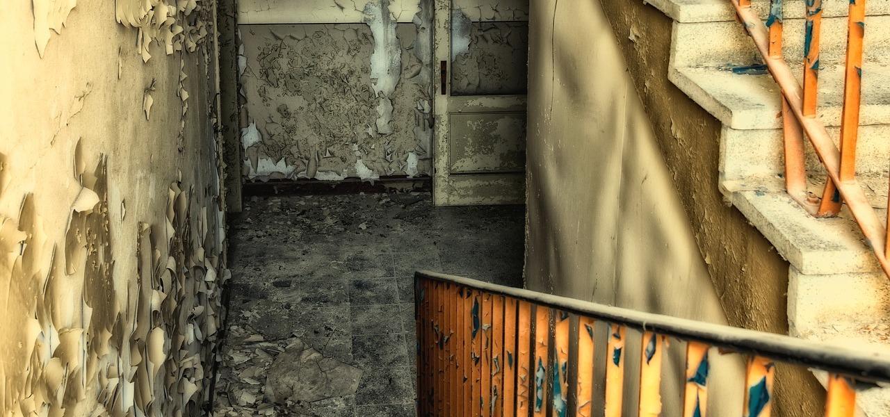 feuchter keller richtig l ften gegen feuchtigkeit und schimmel. Black Bedroom Furniture Sets. Home Design Ideas