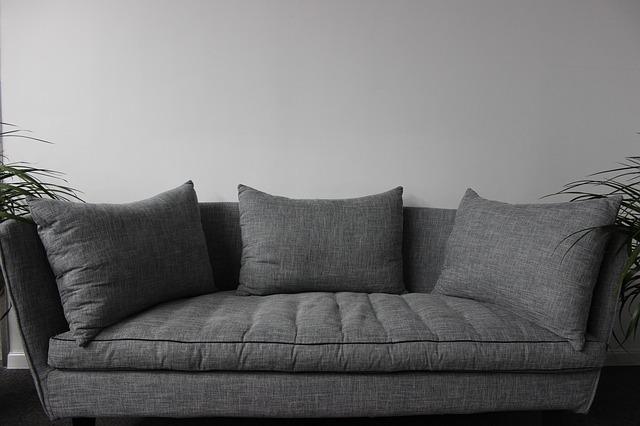 Berühmt Polstermöbel reinigen: so funktioniert's - Utopia.de IM06