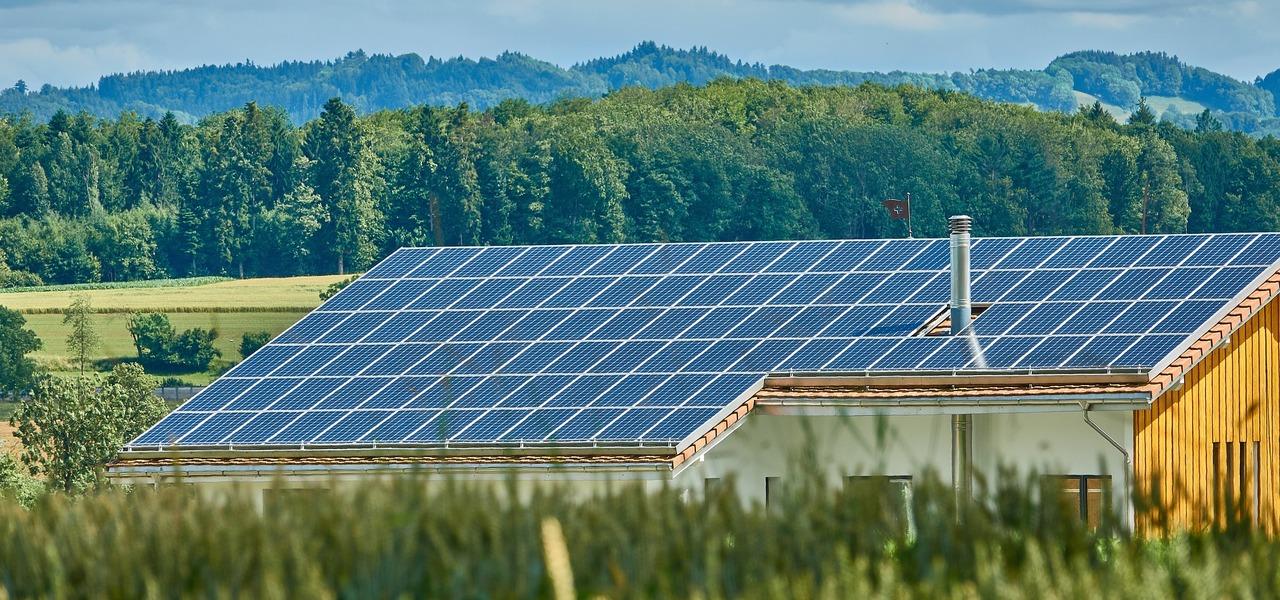 photovoltaik kosten vorteile und gesetzliche regelungen von solaranlagen. Black Bedroom Furniture Sets. Home Design Ideas