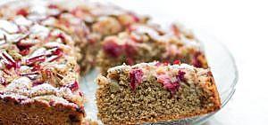 Muttertagskuchen Veganer Dinkel- Rhabarber Streuselkuchen.