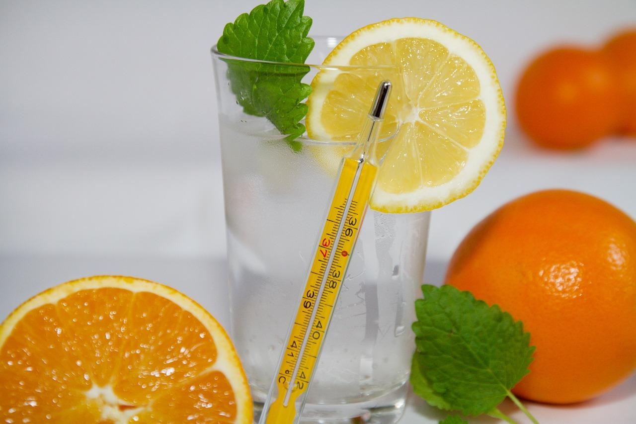 Wichtig bei Zitronenwasser: die richtige Temperatur.